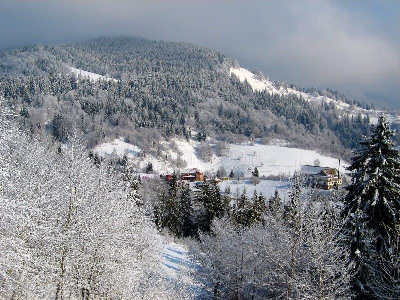 Чудесный ландшафт горы в зиме #1 стоковые фото