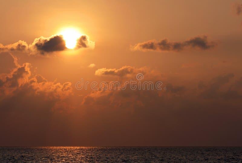 Чудесный заход солнца на Шри-Ланке стоковое изображение