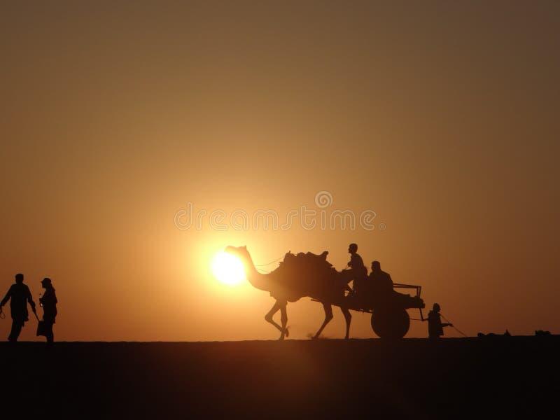 Чудесный заход солнца стоковые фотографии rf
