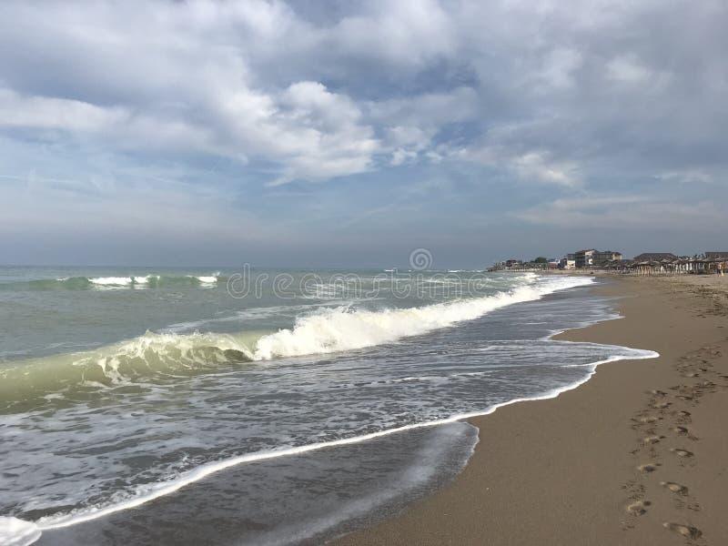 Чёрное море перед штормом стоковое изображение