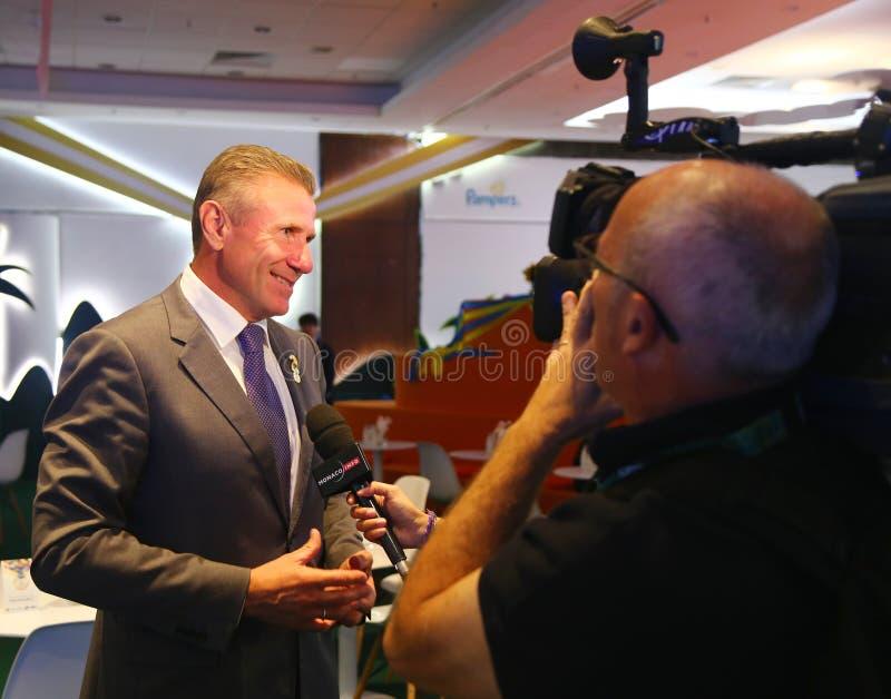 Член Международного олимпийского комитета и президент национального олимпийского комитета Украины Sergey Bubka во время интервью  стоковая фотография