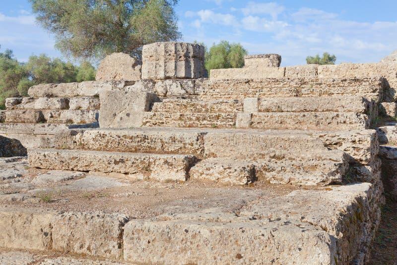 Шаги камня Греции Олимпии к виску стоковое фото rf