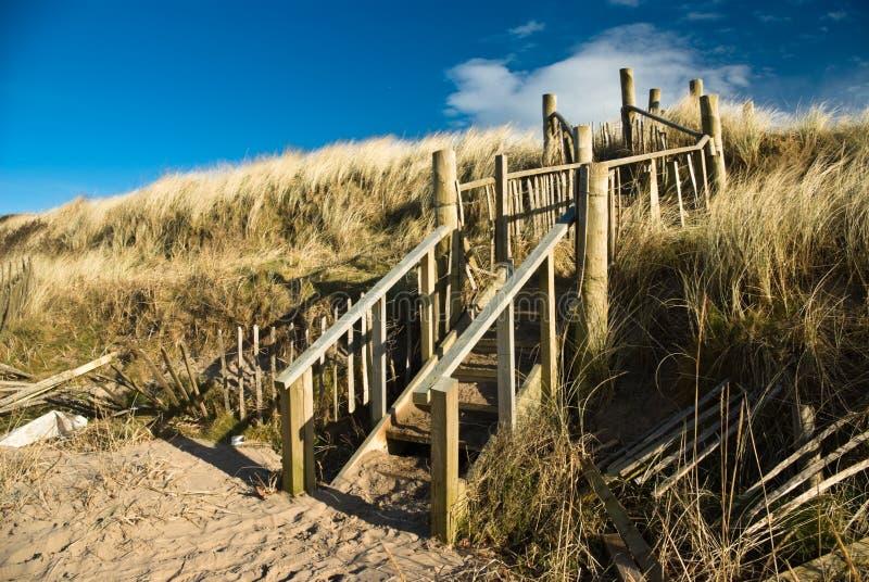 шаги troon дюн пляжа стоковая фотография