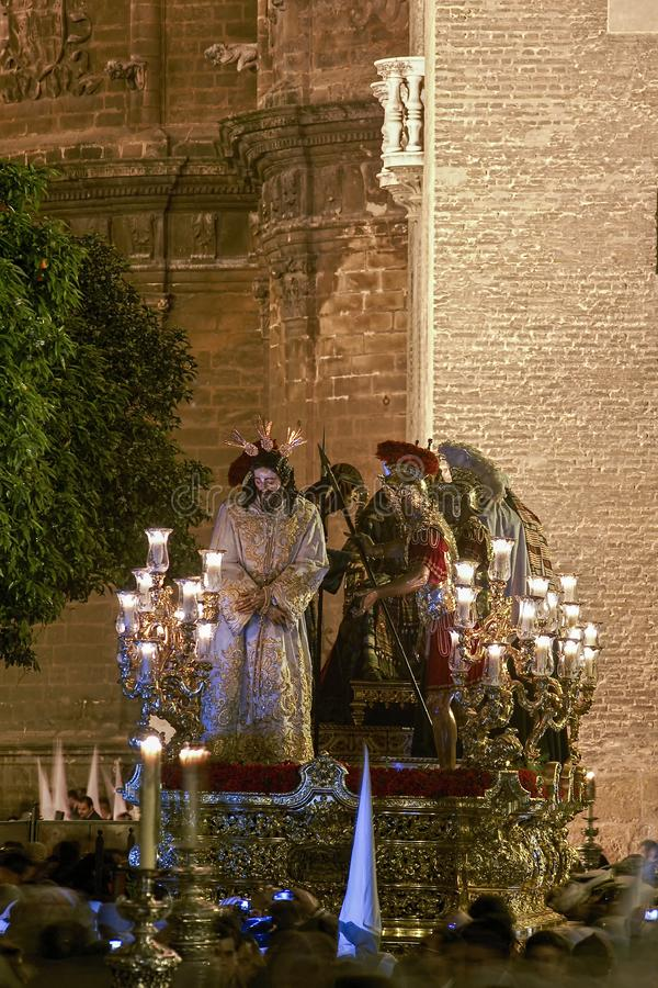 Шаг тайны братства озлобления, святая неделя в Севилье стоковое фото