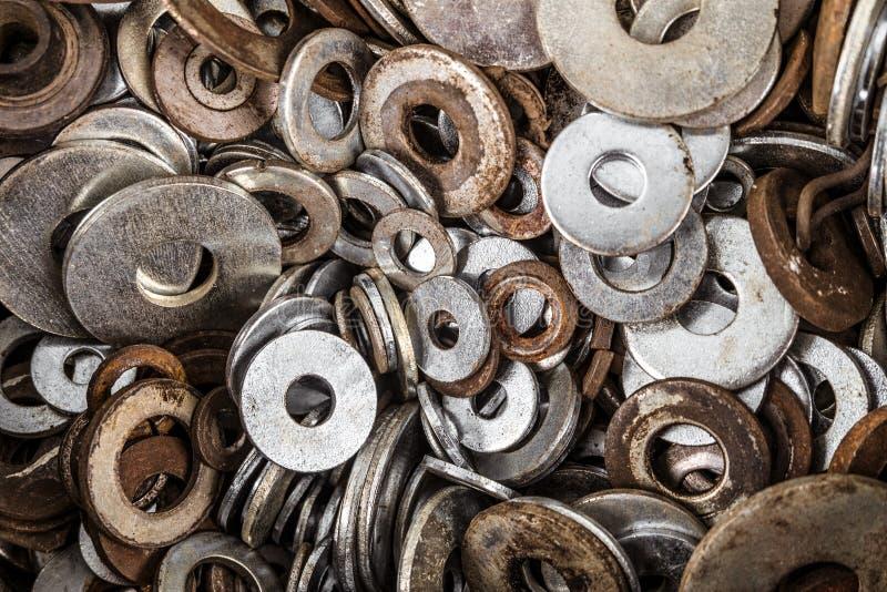 Шайбы металла в комплекте Порожные крепежные детали стоковые изображения rf