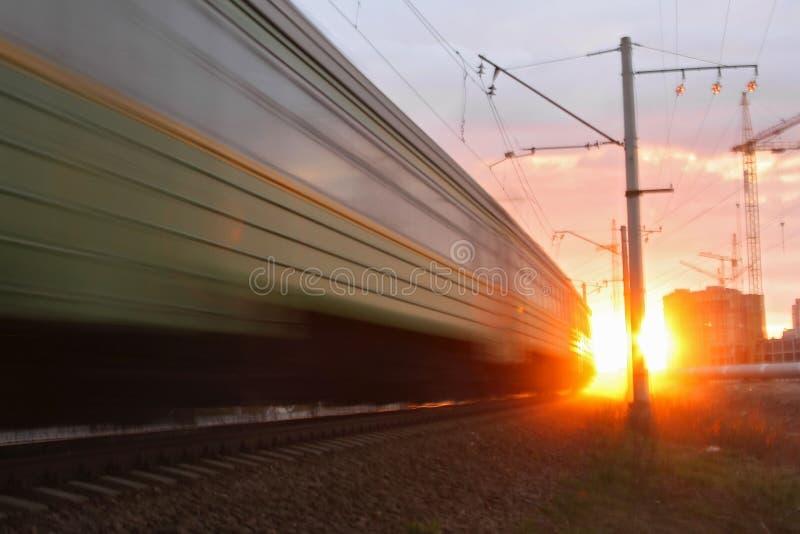 шальной поезд стоковое изображение rf