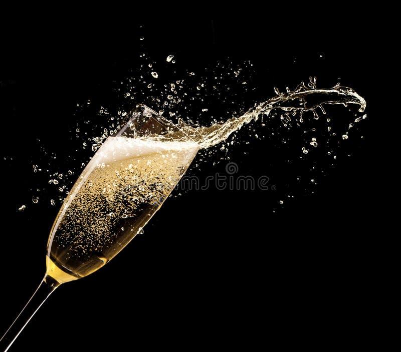 Download Шампань стоковое изображение. изображение насчитывающей винзавод - 34014145