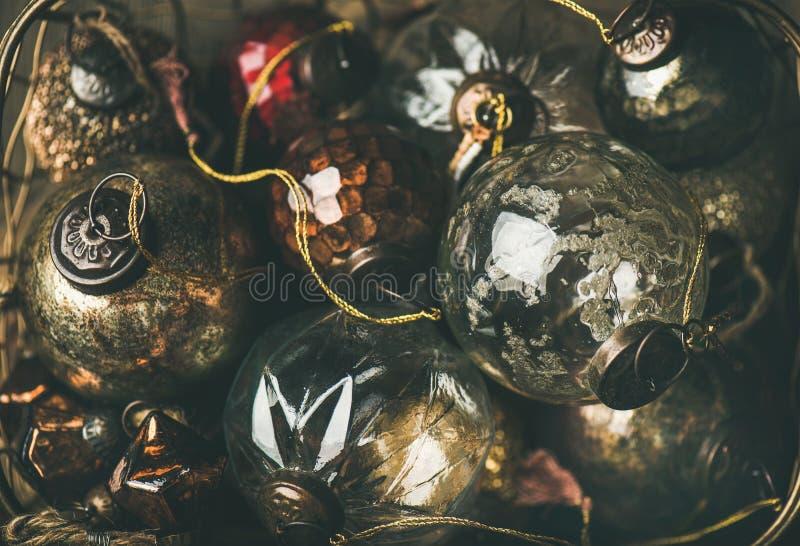 Шарики украшения винтажного праздника рождества или Нового Года стеклянные стоковая фотография rf