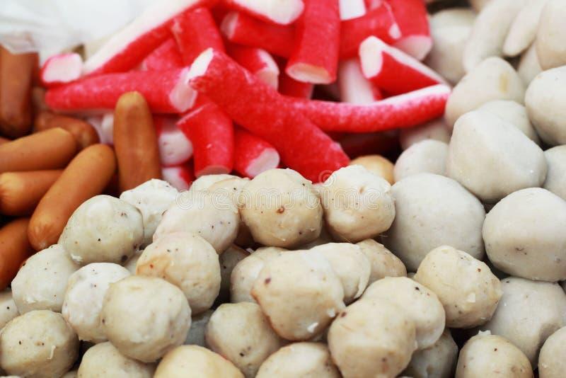 Шарик мяса смешивания в рынке стоковая фотография