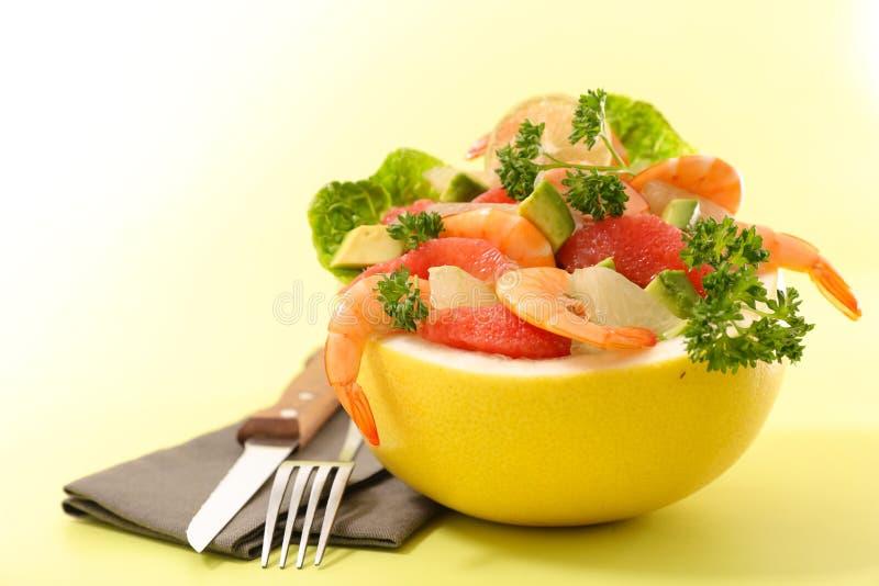 Шар грейпфрута с креветкой стоковое фото rf
