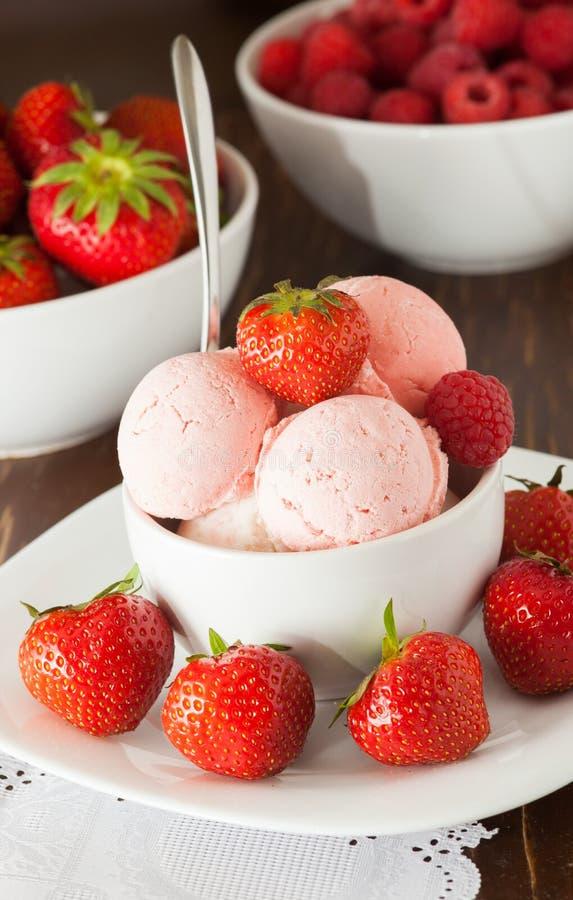 Шар мороженого стоковая фотография rf