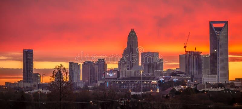 Шарлотта горизонт города ферзя на восходе солнца стоковое фото rf