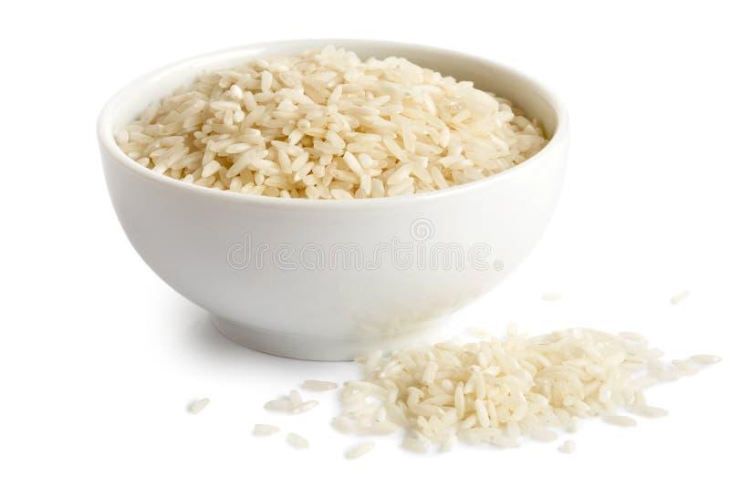 Шар риса длинного зерна белого на белизне стоковое изображение