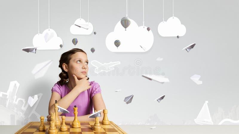 Download Шахматы для ухищренного разума Мультимедиа Стоковое Изображение - изображение насчитывающей студия, шахмат: 81808741