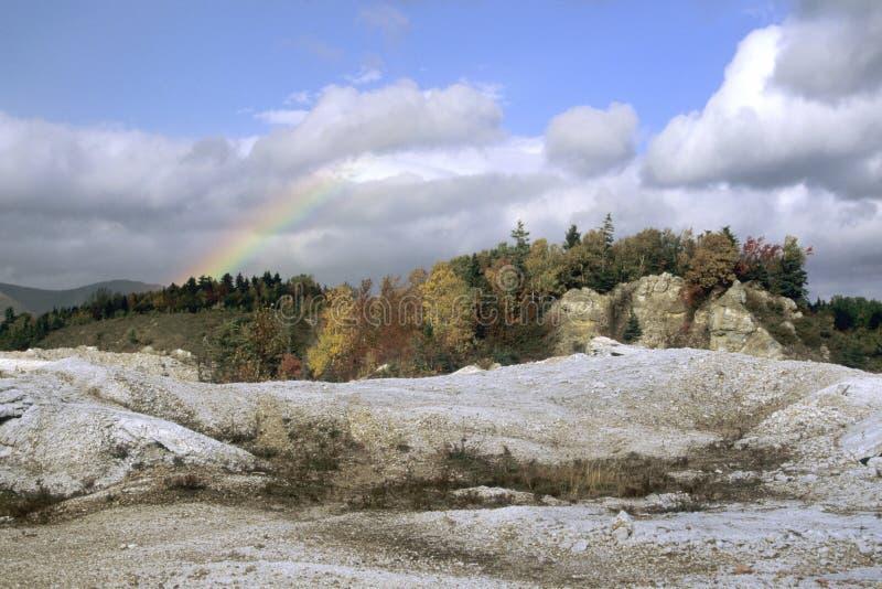 шахта над радугой стоковое изображение rf