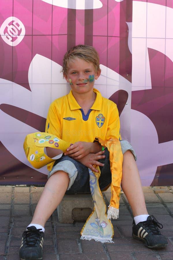 Шведские футбольные болельщики стоковые фотографии rf