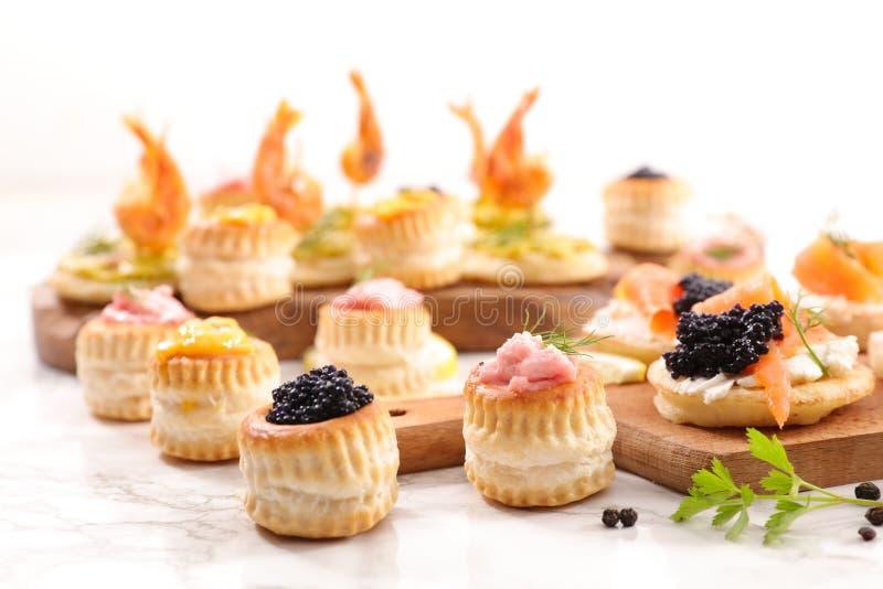 Шведский стол еды пальца стоковое фото