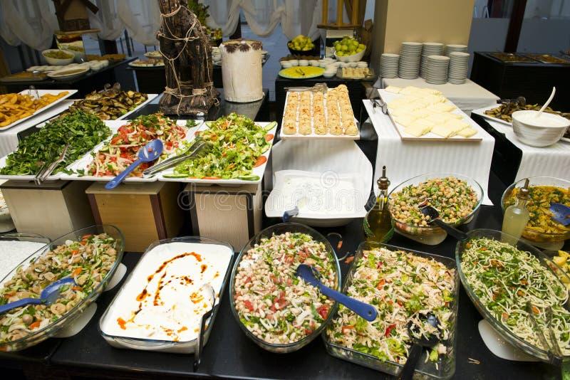 Шведский стол еды стоковое фото rf