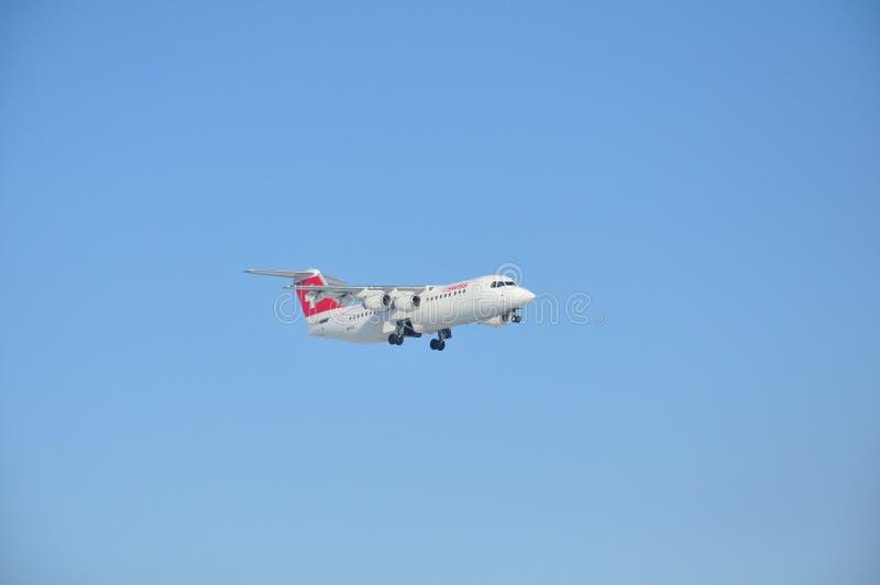 Швейцарец Avro RJ100 Jumbolino стоковое фото