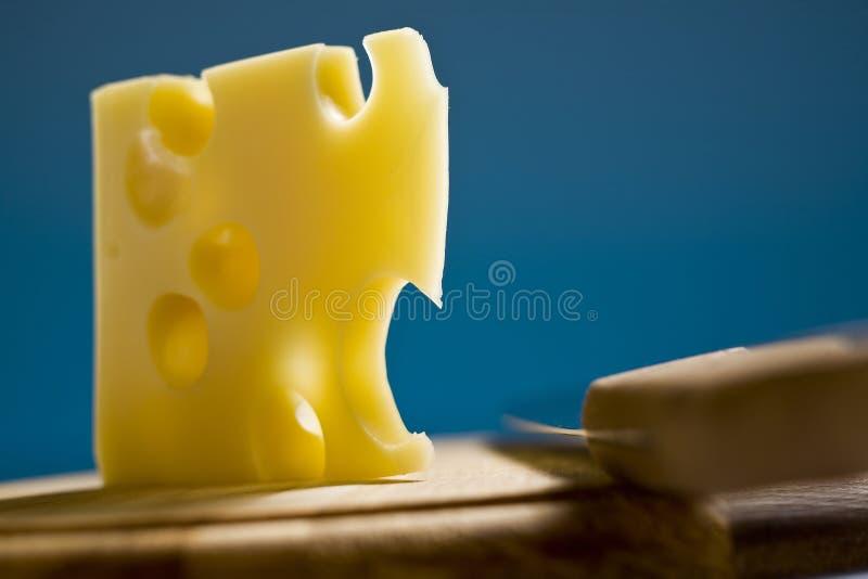 швейцарец emmenthal сыра стоковое изображение