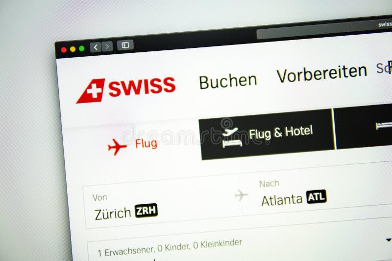 Швейцарская домашняя страница вебсайта воздуха Закройте вверх швейцарского логотипа авиакомпаний стоковая фотография rf