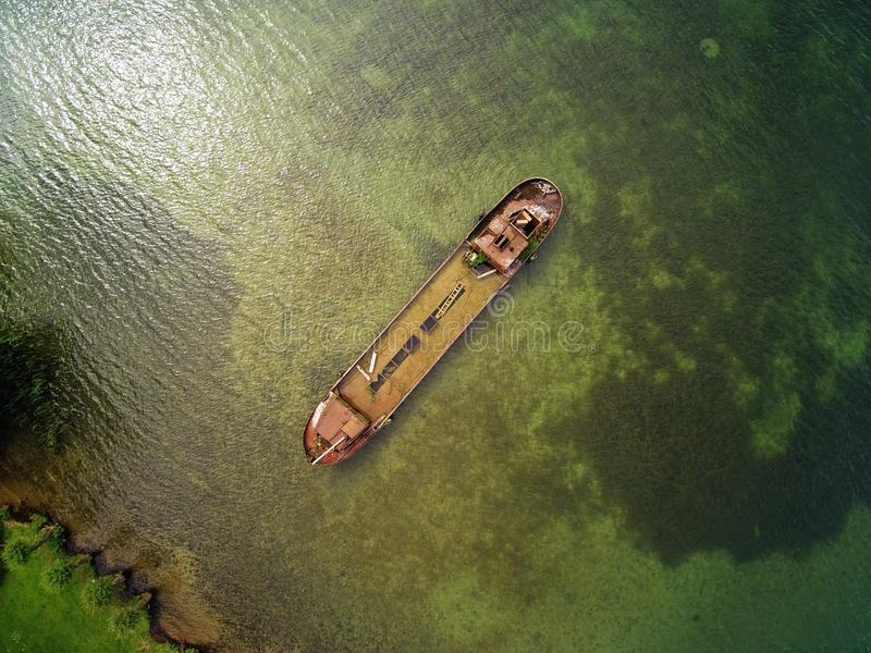 Шверин изумителен - sunken корабль в музее рядом от воздуха стоковые фотографии rf