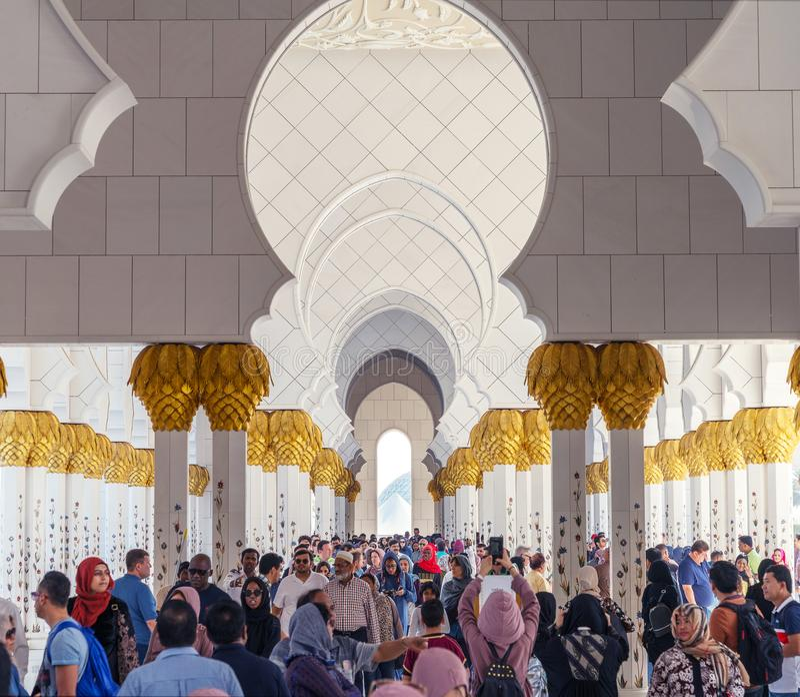 шейх UAE мечети Abu Dhabi грандиозный zayed стоковая фотография