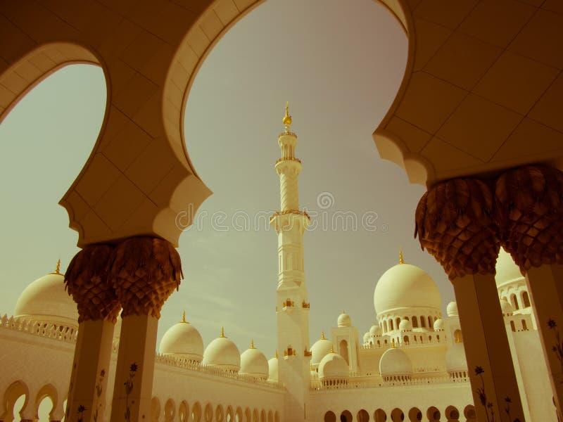 Шейх Zayed Мечеть Ретро стоковое фото rf