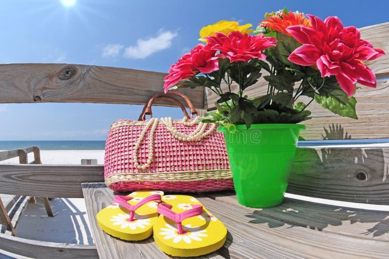 шестерня пляжа стоковое фото rf