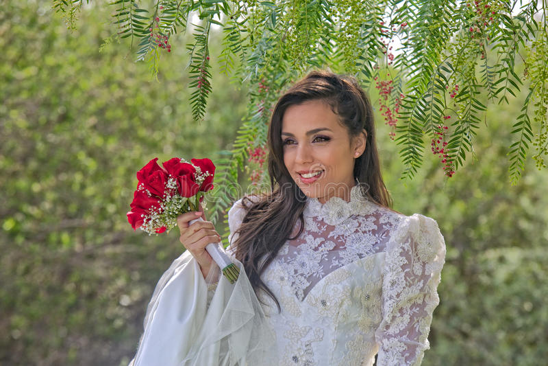 Шикарная испанская невеста стоковое фото rf