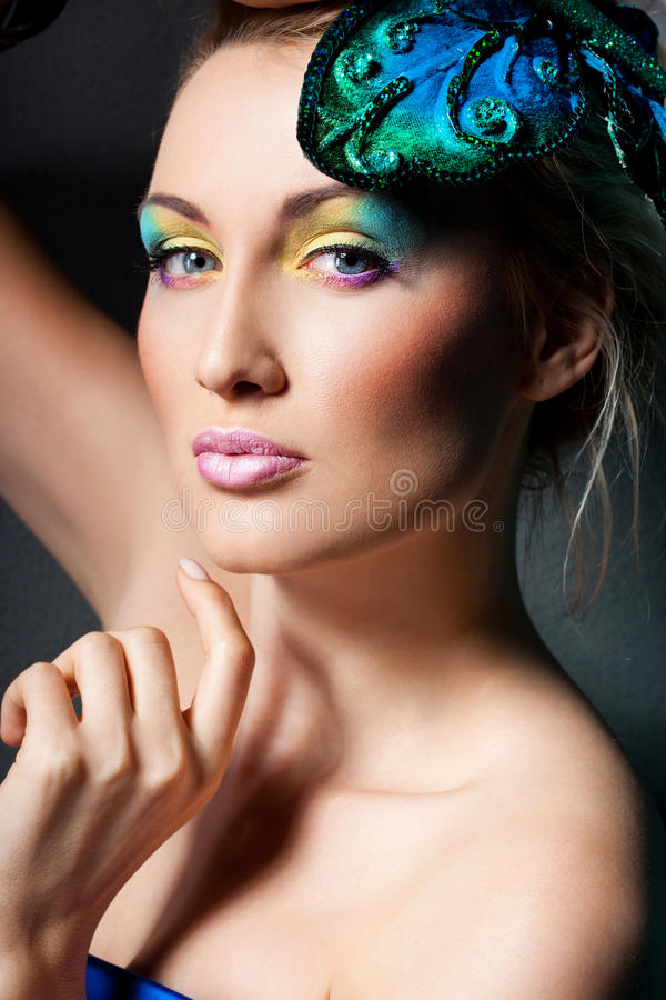 Шикарная модная женщина стоковые изображения