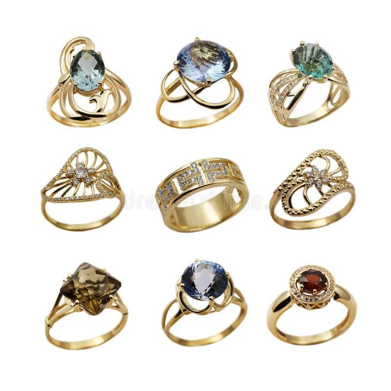 шикарные кольца ювелирных изделий установили стоковые фото