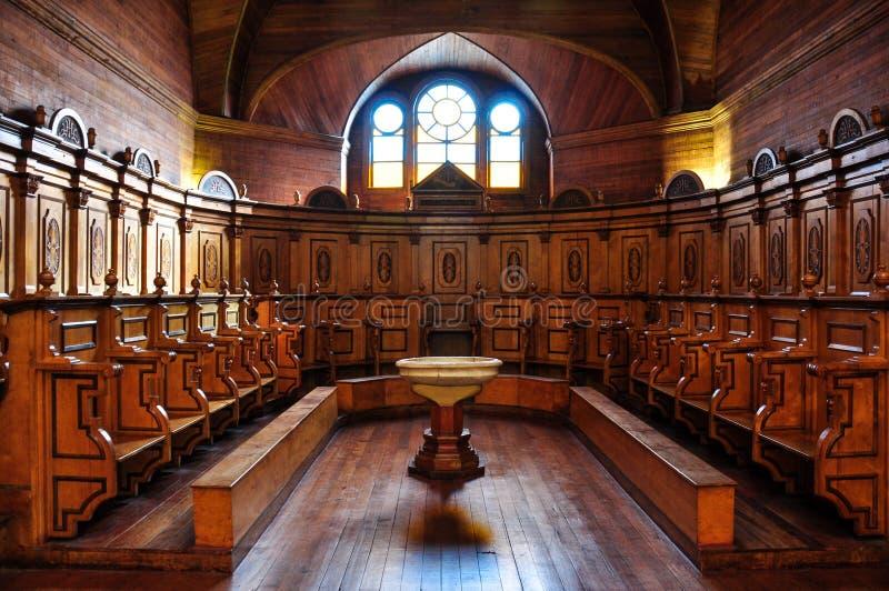 Шикарные покрашенные и деревянные церков, остров Chiloé, Чили стоковые изображения