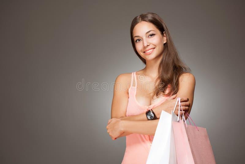 Шикарный модный молодой покупатель. стоковое фото rf
