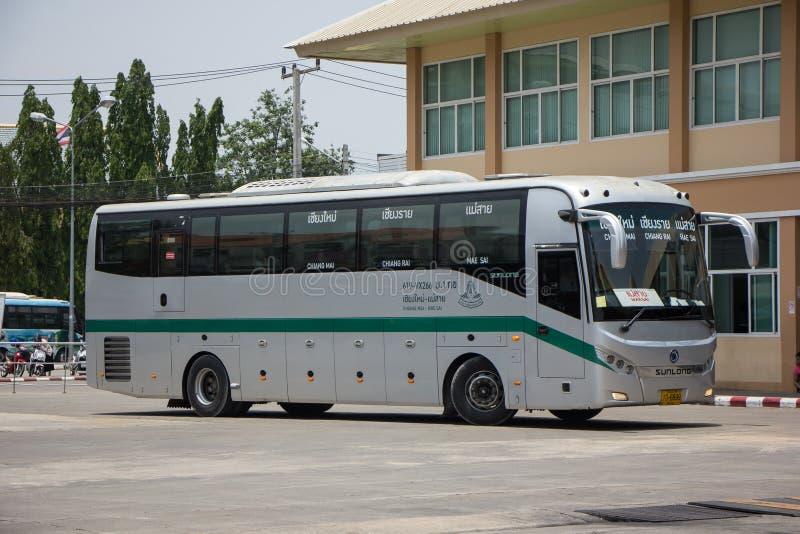 Шина Sunlong Greenbus Компании Трасса между Chiangmai и мамами стоковые изображения