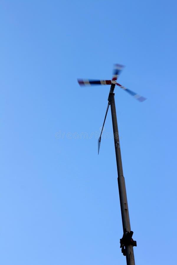 Широкая альтернативная энергия турбины стоковое фото