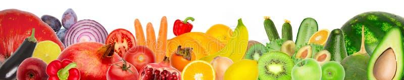Широкий коллаж свежих фруктов и овощей для изолированного плана стоковые фото