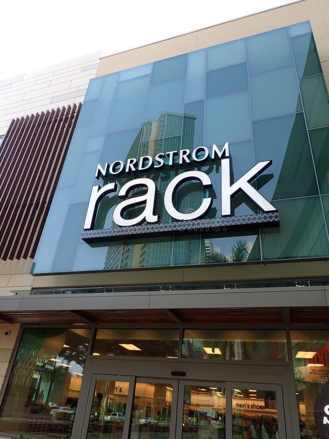 Шкаф Nordstrom стоковое фото rf