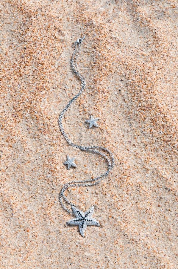 Шкентель на песке моря стоковые изображения rf
