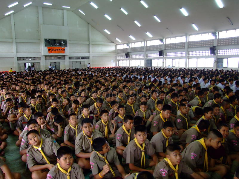 школа детей агрегата сидит Таиланд стоковые фото