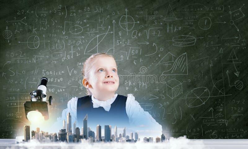 Download Школьное образование стоковое фото. изображение насчитывающей образование - 41650762