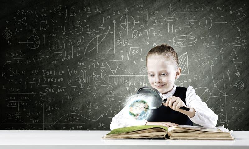Download Школьное образование стоковое фото. изображение насчитывающей ежевики - 41651256