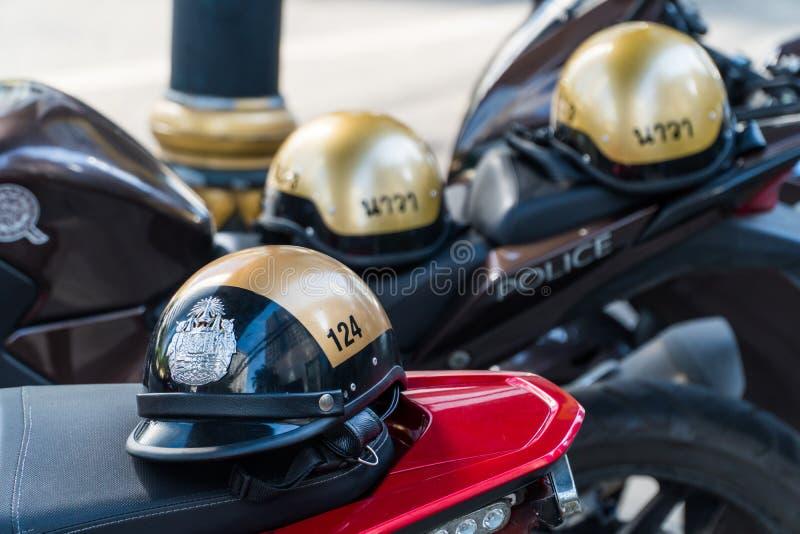 Шлем тайской полиции золотой стоковые изображения