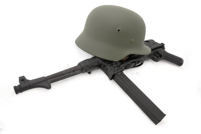 шлем mp40 состава сражения немецкий стоковая фотография rf