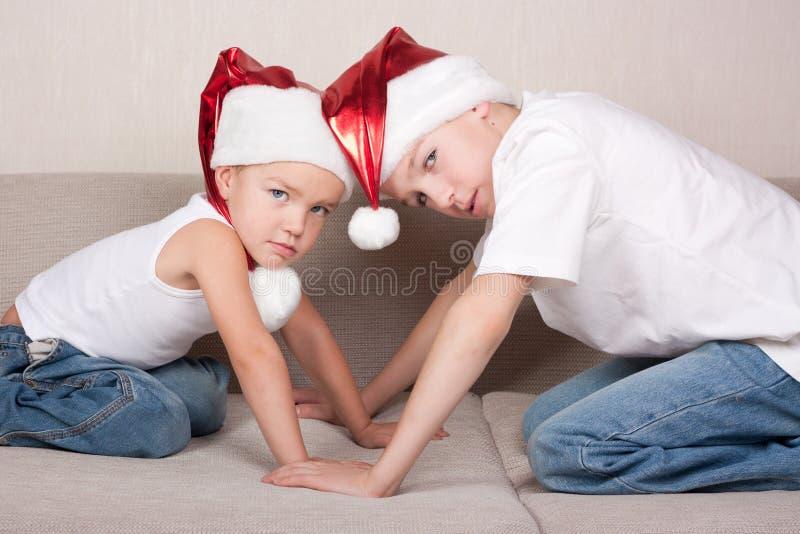 шлем santa 2 братьев стоковое изображение
