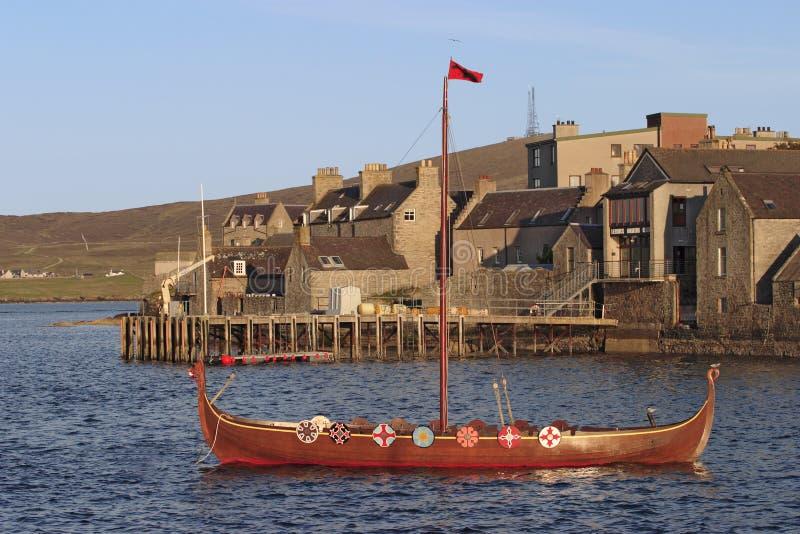 шлюпка viking стоковые фото