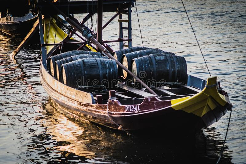 Шлюпки Rabelo, шлюпки вина гавани на Рио Дуэро, стоковое изображение rf
