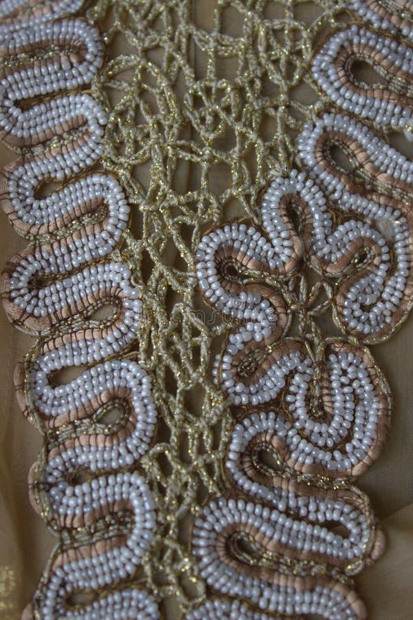 Шнурок с шариками ручной работы стоковые фото