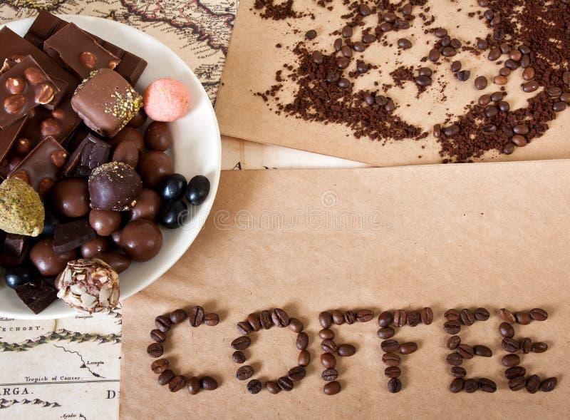 Шоколад, кофейные зерна, конфета стоковые фотографии rf