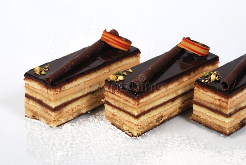 шоколад 2 тортов flaky стоковое фото rf
